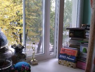 Екатеринбург: продам комнату Срочно продам  В центре Химмаша комнату в двухэтажном доме коридорного типа. Комната угловая, на два окна, очень теплая. Напротив – об