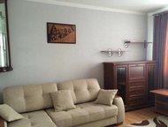 Сдается комната в двухкомнатной квартире по адресу Прогрессивная 19 Сдам комнату в квартире, комната благоустроена есть шкаф стол диван евро-окно стул, Хабаровск - Снять жилье