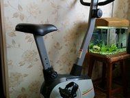 Хабаровск: Велотренажер продам Продам велотренажер HouseFit в отличном состоянии. Торг уместен.