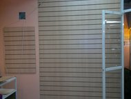 Кемерово: Сдам в аренду нежилое помещение 12,0 кв, м Сдам в аренду нежилое помещение 12, 0 кв. м. , расположенное на 1-м этаже много этажного жилого дома по адр