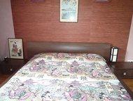 Красноярск: Продается спальный гарнитур Продается спальный гарнитур, б/у, в хорошем состоянии. Двухспальная кровать (2х1, 6), комод, зеркало, 2- прикроватных тумб