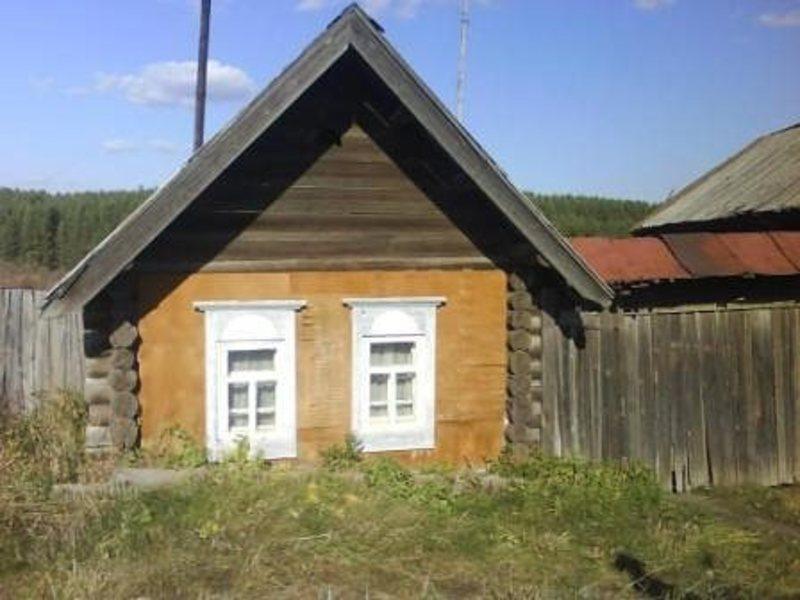 Продам дом 1-этажный дом 63 м0b2 (бревно) на участке 12 сот, серовский тракт, 60 км другая информация