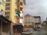 Сочи: продам квартиру продам 2-х комнатную-40 кв. м. , 6/5 этаж, с евро ремонтом, в центральном районе, с видом на море, сан узел совместный 2, 5-2, 5м, душ